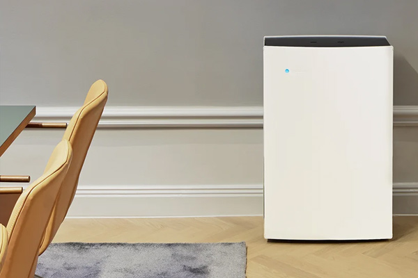 Blueair L pro air purifier for medical, meeting room and professional use