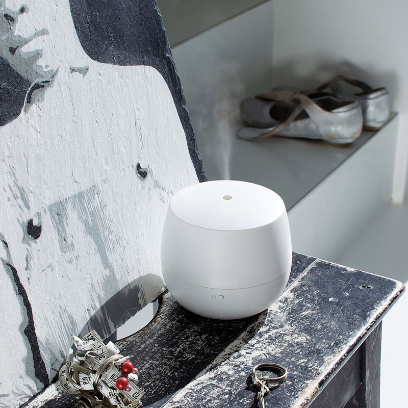 MIA Black design oil diffuser Stadlerform